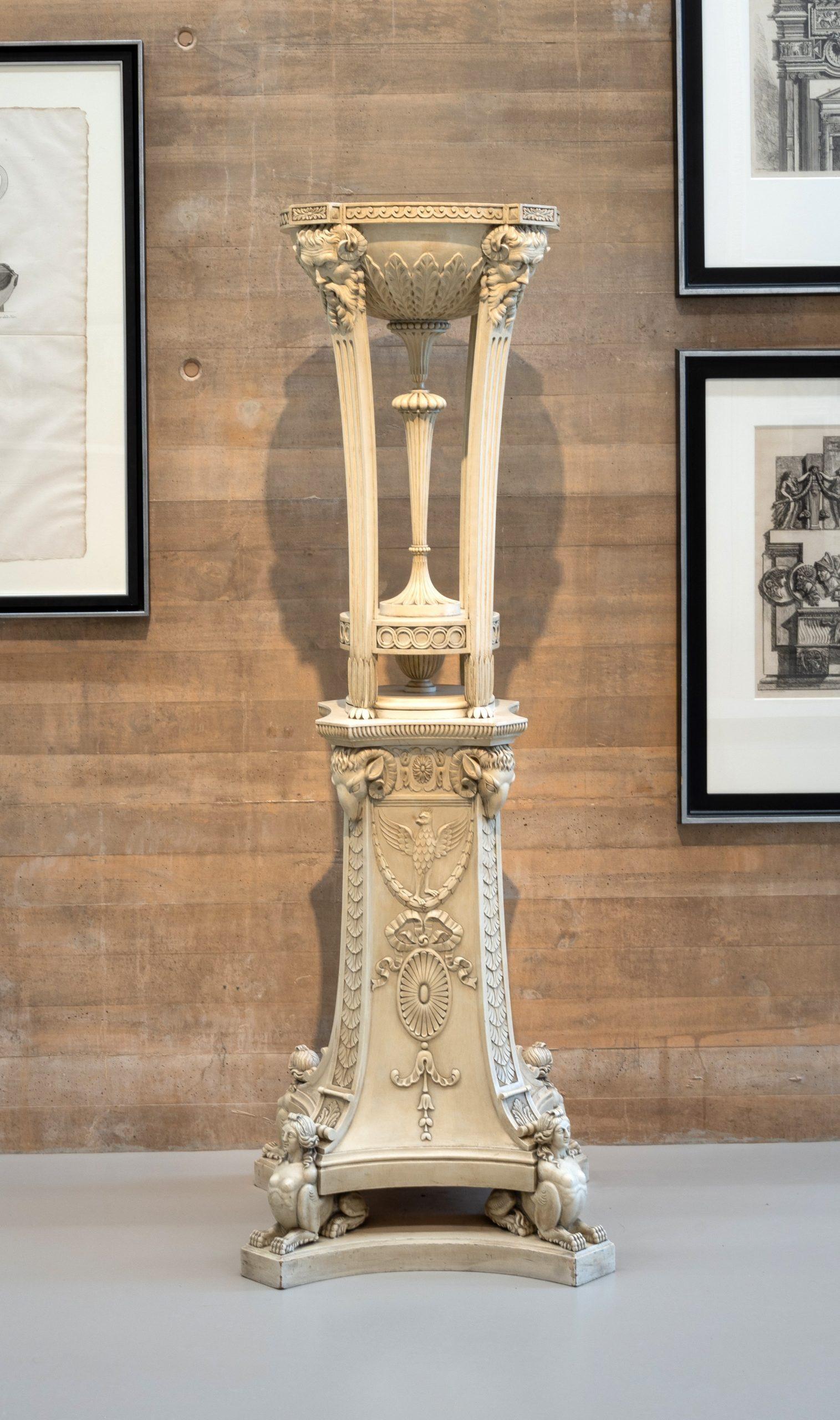 47. Pebeteros decorados con cabezas de sátiros, carneros y esfinges Estilo Adam, 1960-63